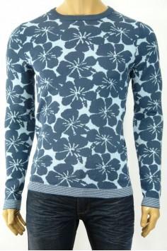 Плетена мъжка блуза на цветя