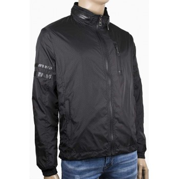 Мъжко пролетно яке в черен цвят