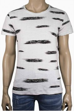 Свежа лятна тениска в бяло с принт