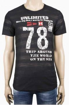 Тениска в черен цвят с надпис 78
