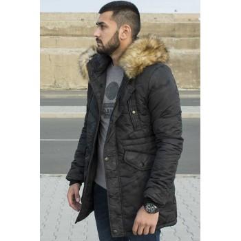 Мъжко яке в черно с богата гарнитура