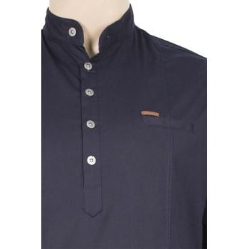Мъжка риза с попска яка в тъмно синьо