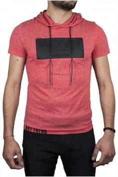 Тениска с качулка в коралов цвят и надпис