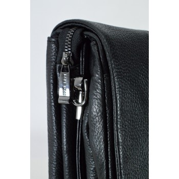 Стилна мъжка чанта в черно с капак