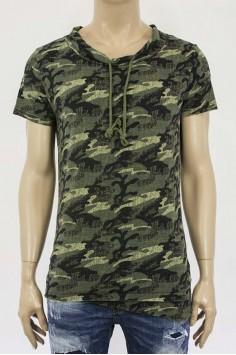 Мъжка тениска с камуфлажен десен и връзки